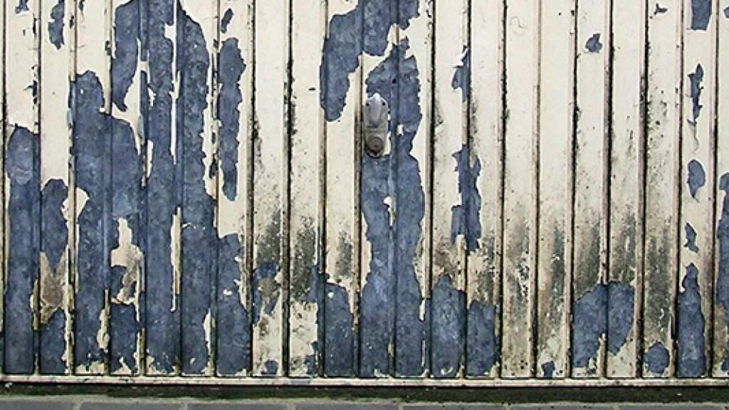 Malowanie bramy garażowej