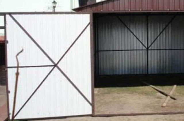 Garaż 3m x 5m