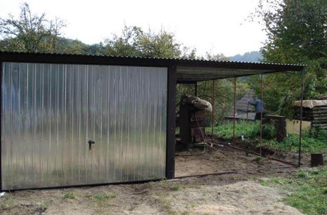 Garaż blaszany 3x5m srebrny z zadaszeniem