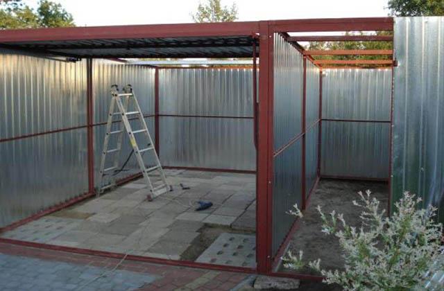 Garaż blaszany 5x5m z bramą unoszoną