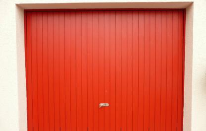 Jak zabezpieczyć bramę garażową przed włamaniem?