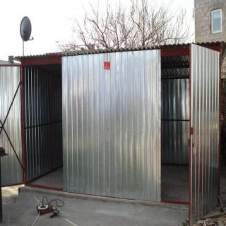 Garaż blaszany 5x5m